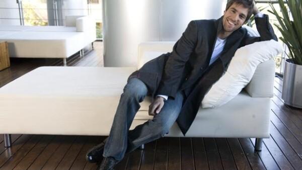 El actor y pareja de la actriz Cecilia Suárez, dijo sentirse muy contento con su pequeño hijo Teo de casi tres meses.