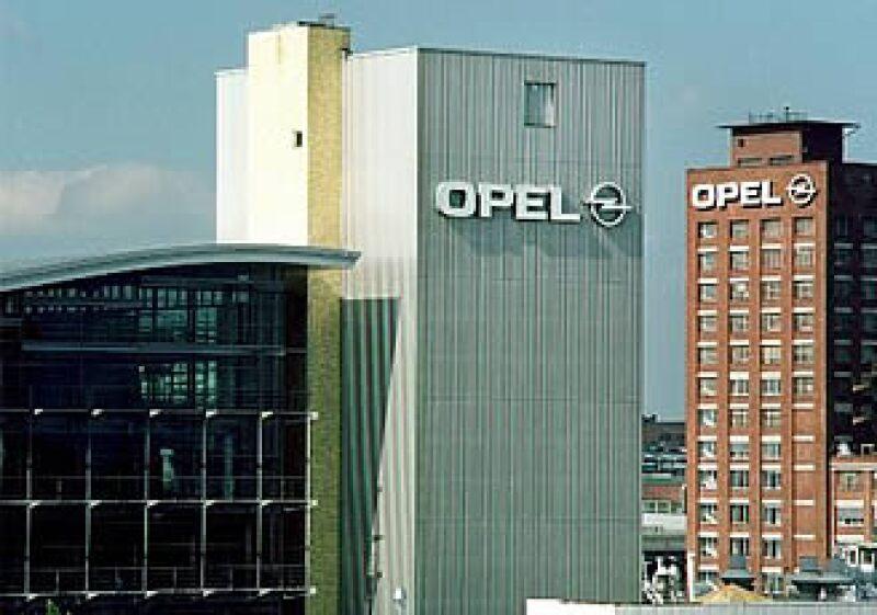 RHJ requerirá 3,800 millones de euros en garantías estatales para Opel de acuerdo a un diario alemán. (Foto: AP)