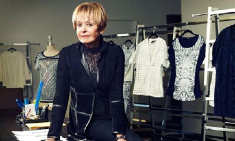 La marca de prendas de vestir St.John nació de la pasión por la ropa de su fundadora Marie Gray, de 77 años.  (Foto: Fortune )