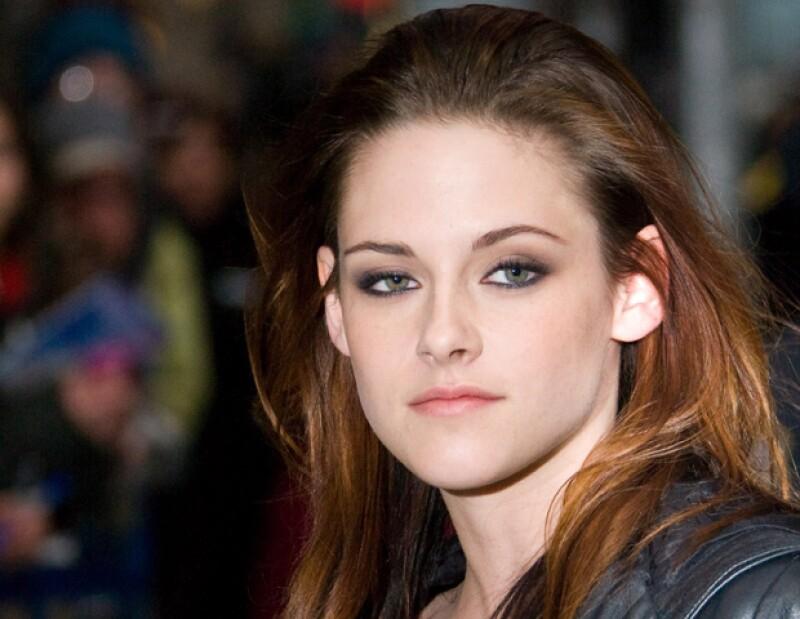 La actriz recurrirá a los amigos de su ex para que intercedan por ella y puedan concertar una reunión para aclarar las cosas después de su infidelidad.