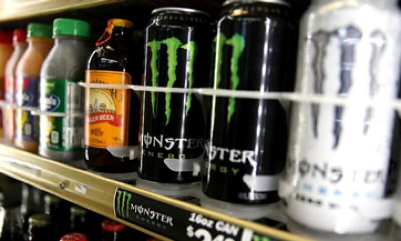 Coca transferirá a Monster la propiedad de su negocio de bebidas energéticas. (Foto: Getty Images)