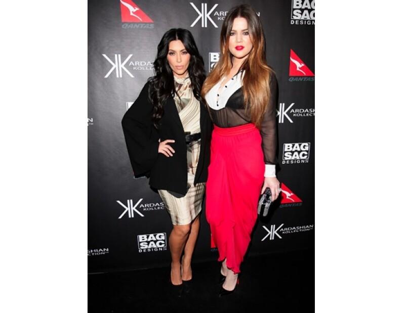 Kim y Khloé se aman pero eso no impide pelear por zapatos.