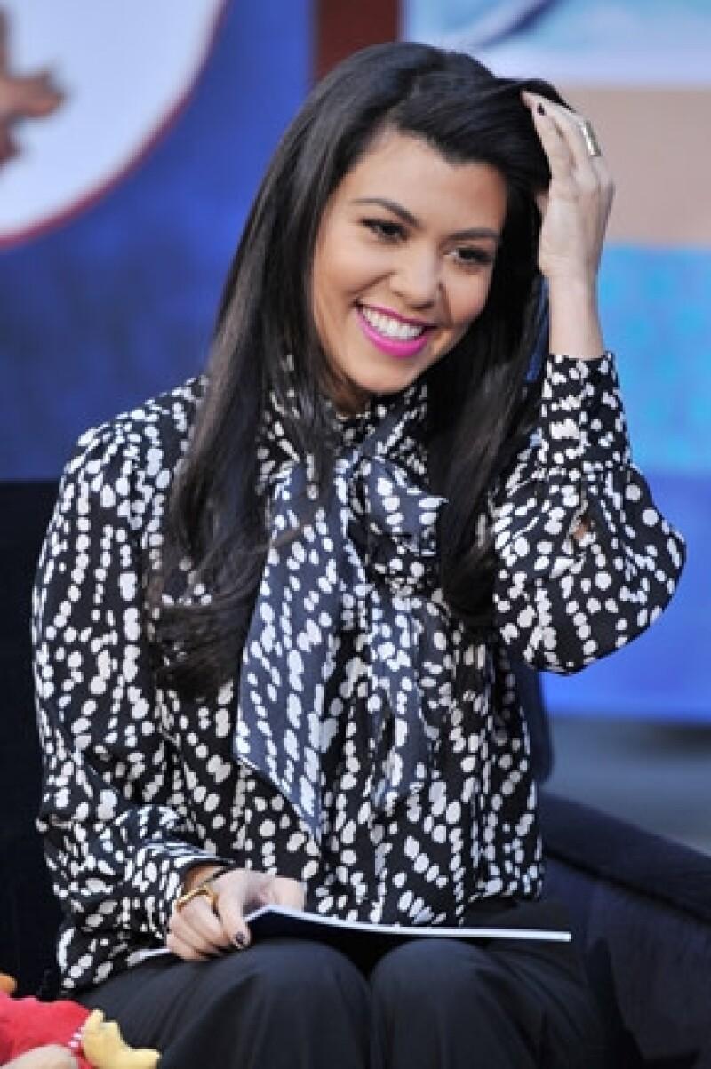 """La estrella de reality show platicó en un canal británico calificó de """"maravillosa"""" la experiencia de tener una hija, por ello compartió ese momento con los fans."""