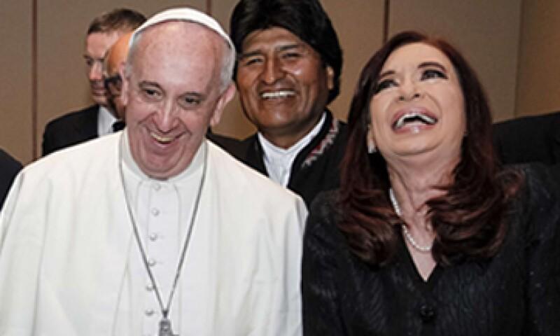 La presidenta argentina viajó a Brasil para asistir a la multitudinaria misa del papa. (Foto: Reuters)
