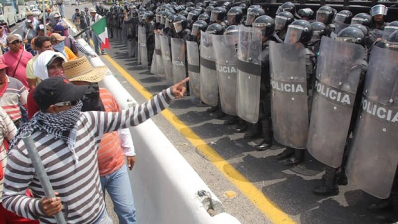 Ayotzinapa un año