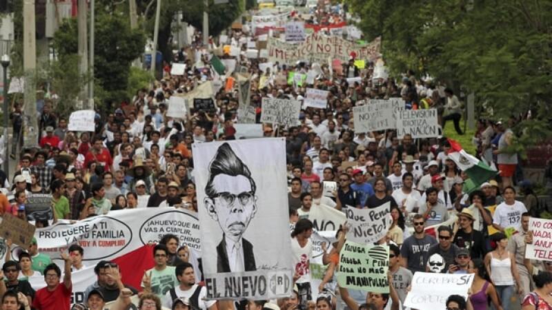 Marcha anti-EPN en GDL