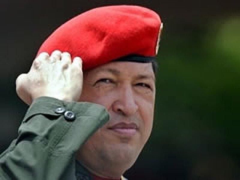Hugo Chávez buscará reelegirse como presidente de Venezuela en 2013. (Foto: Archivo)