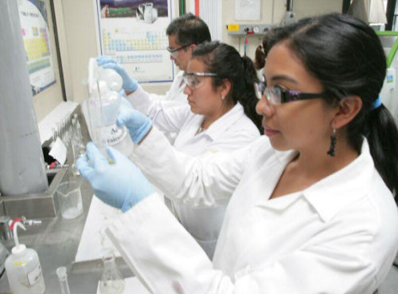 investigadores del IPN