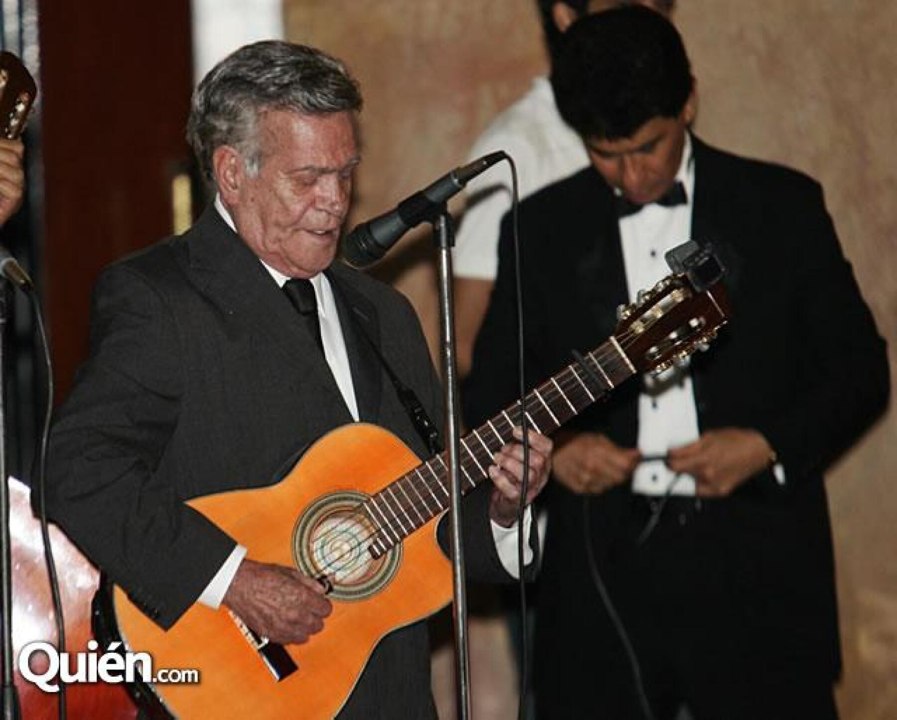 Homenaje Roberto Cantoral