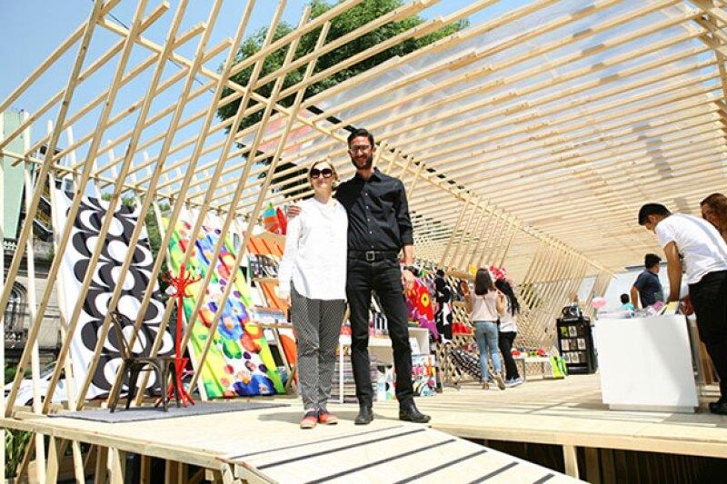 Ana Elena Mallet y el diseñador Lorenzo