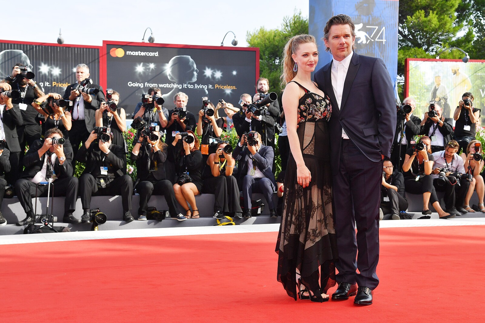 Amanda Seyfried e Ethan Hawke