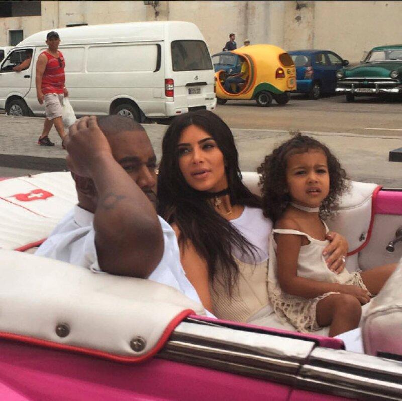 La familia Kardashian viajó a Cuba para grabar la nueva temporada de su reality show.