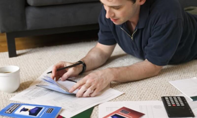 El envío y almacenamiento de facturas físicas consume tiempo y dinero. (Foto: Archivo)