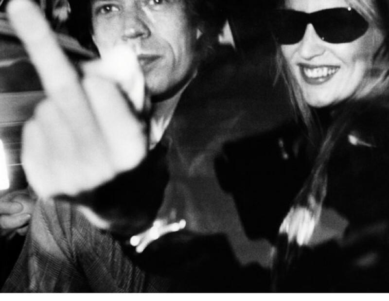 Mick Jagger y Jerry Hall. El 16 de enero de 1983, Ron recibió en West Hollywood, California, una señal muy directa de la pareja. `Mick hizo eso sólo para la foto. Yo le agradaba´.