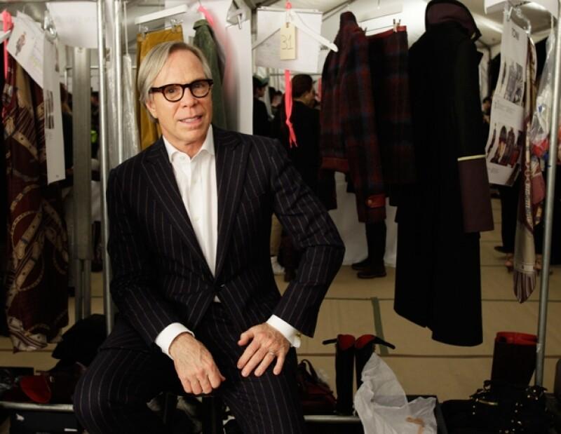 El diseñador presentó en la Semana de la Moda neoyoruina su propuesta masculina y femenina para Otoño-Invierno 2012. Aquí momentos antes del desfile de mujeres.
