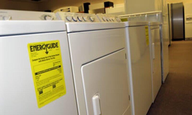 De confirmarse la acusación, podrían subir en más de 1,000 mdd los aranceles en lavadoras desde Corea del Sur y México. (Foto: Thinkstock)