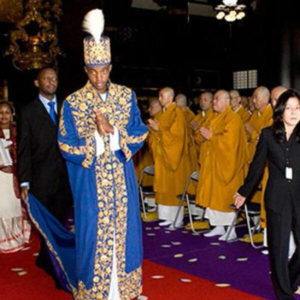 El rey Oyo gobierna a dos millones de personas en el reino de Tooro, en Uganda