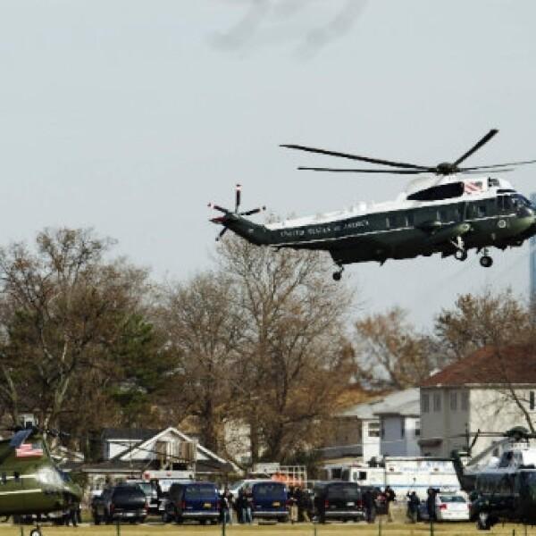 Barack Obama visita a afectados por Sandy