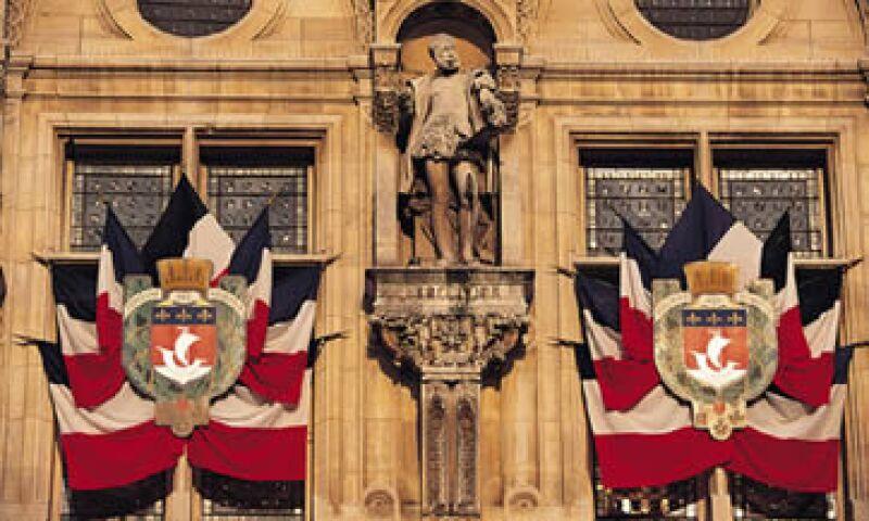 Francia aún sigue siendo una economía fuerte para Moody's a pesar de que su calificación crediticia fue degradada por S&P. (Foto: Reuters)