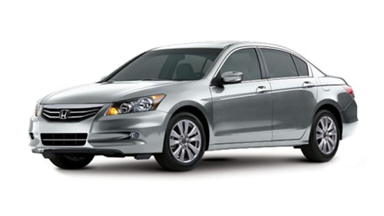 En el sector de lujo, el Accord fue el segundo más comercializado, con 4,128.
