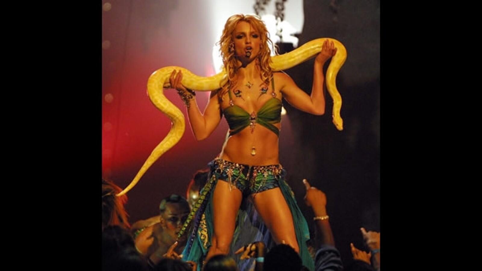 vestidos exóticos MTV VMA 6