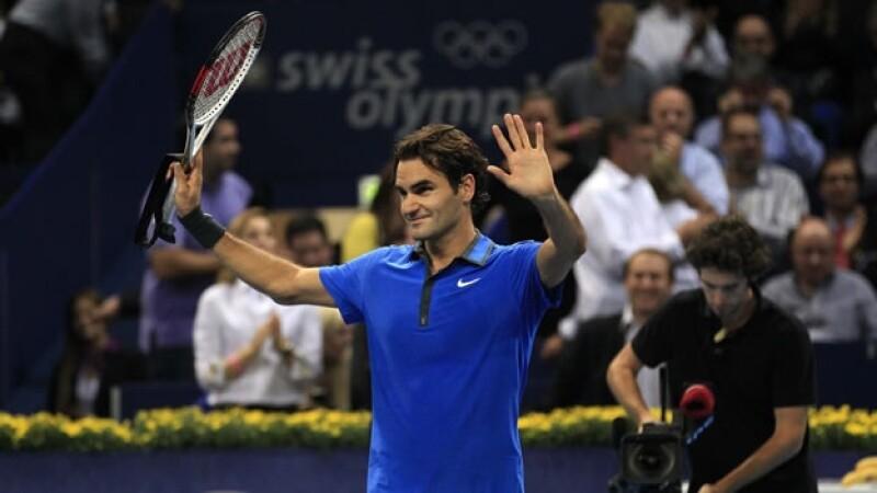 Roger Federer inicia con triunfo en Basilea