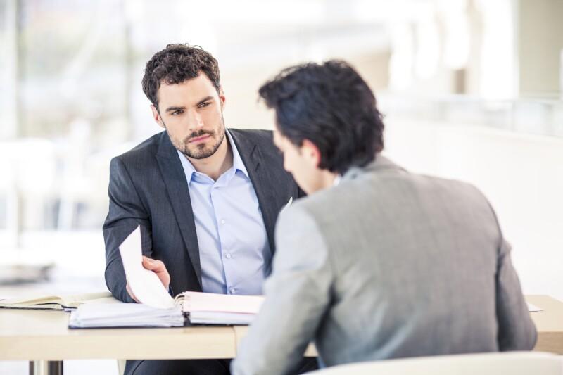 Estudio demuestra que el 57% de las mujeres nunca ha pedido un aumento, mientras que en el 46% de los hombres se observó la misma situación.