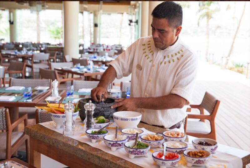 Preparando el ceviche en Agua by Larbi.
