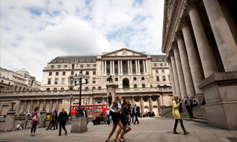 Los analistas dijeron que la tasa Libor se mantenía baja por temor a represalias de los mercados. (Foto: Cortesía CNNMoney)