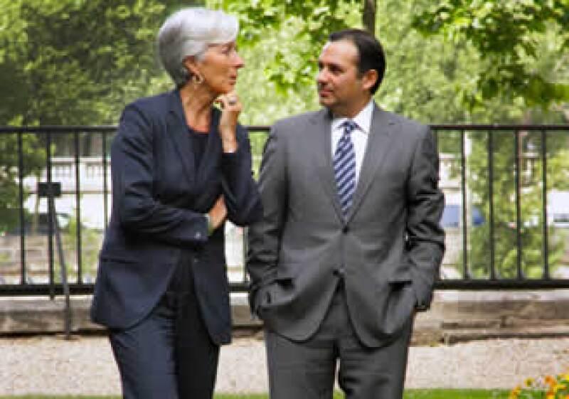 Ernesto Cordero y Christine Largarde se reunieron este martes en París. (Foto: Cortesía)