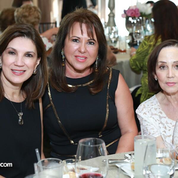Adriana Garcia de Rocha,America Montemayor y Monica Gonzalez