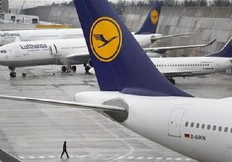 Unos 4,000 pilotos de Lufthansa se declararon en huelga el lunes. (Foto: Reuters)