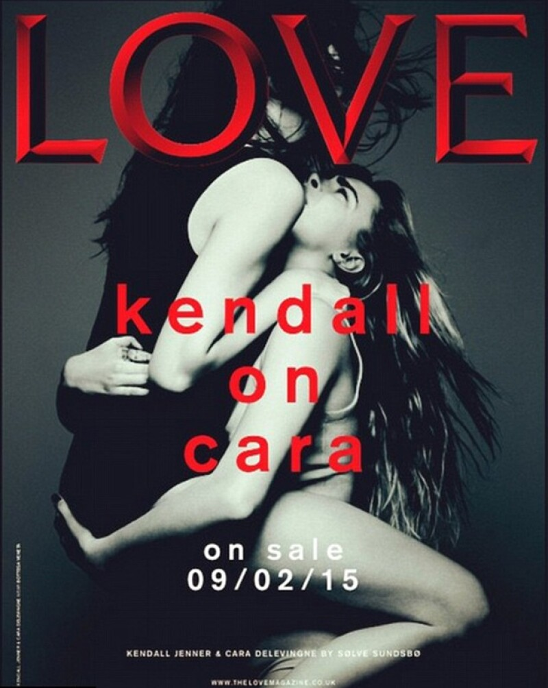 Las modelos aparecen en una sugerente pose para la revista The Love Magazine.