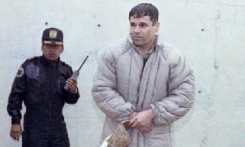 El dinero del narcotraficante fue hallado en un vehículo en la colonia Cumbres de Juárez, en Tijuana. (Foto: AP)