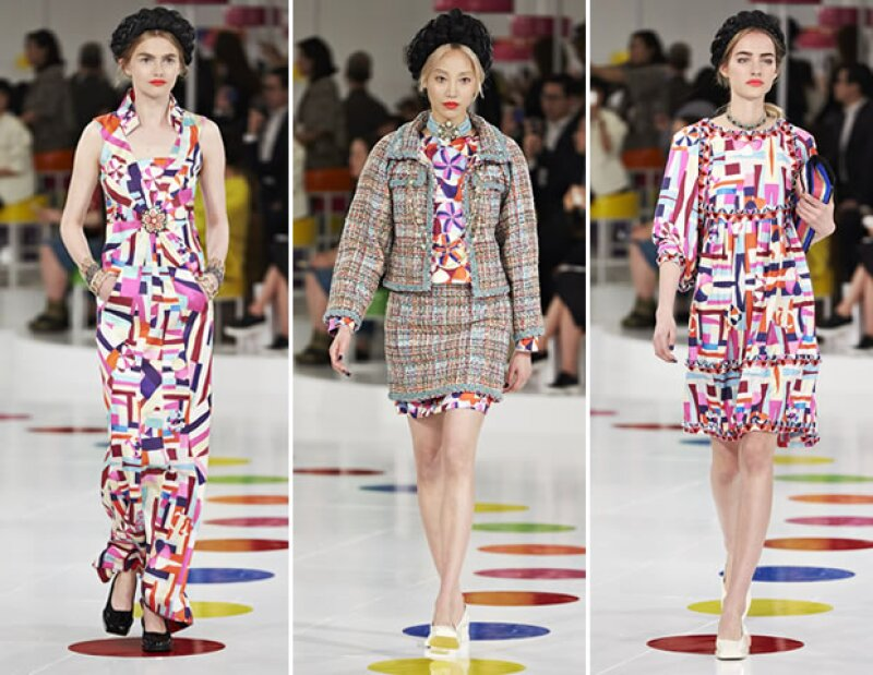 En compañía de Gisele Bündchen y Kristen Stewart, Karl Lagerfeld presentó la temporada resort 2015/16 de la Maison inspirada en piezas tradicionales de Corea.