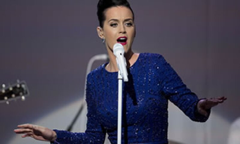 Katy Perry protagonizó el espectáculo de medio tiempo del Super Bowl. (Foto: Getty Images)
