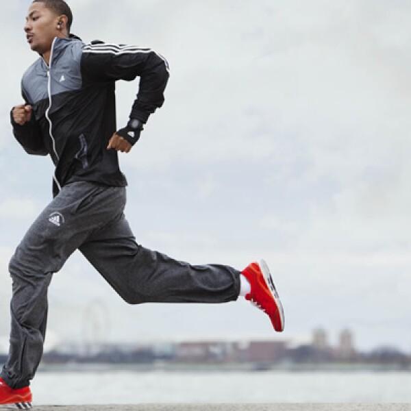 La firma Adidas, que engloba a marcas como Reebok, TaylorMade, Rockport, entre otras, presentó ventas en 2011 por poco más de 13,000 millones de euros en 2011.
