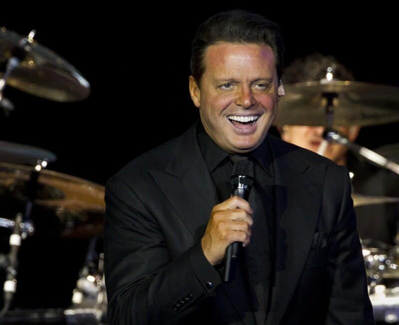 El cantante, quien hoy cumple años, finalmente se deshizo de la lujosa propiedad que tenía en Jade Brickell.