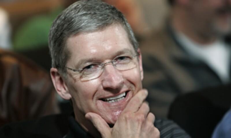 Apple enfrenta el reto de reorganizarse bajo el mando de su nuevo CEO, Tim Cook. (Foto: AP)