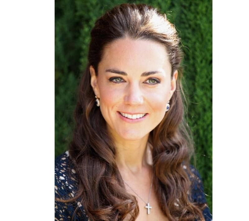 El palacio de St. James hizo el anuncio oficial de que Kate está embarazada.