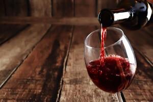 Más 'red red wine'