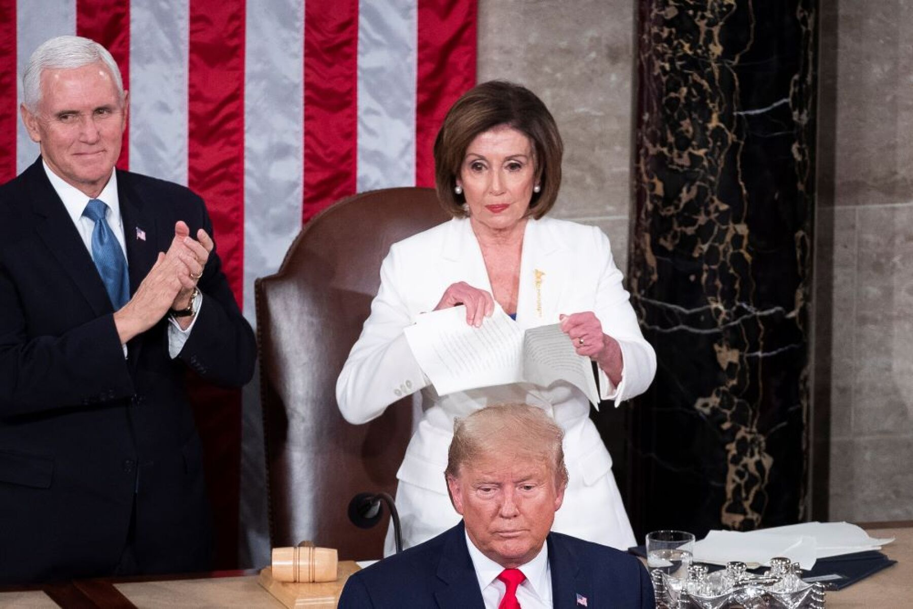Nancy Pelosi y Donald Trump.jpg