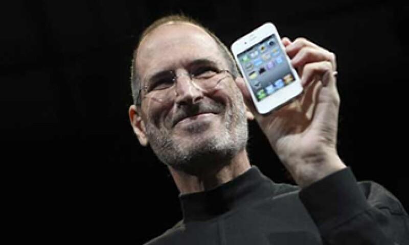 Para Steve Jobs el éxito de Apple está en cuidar la experiencia del consumidor. (Foto: Reuters)
