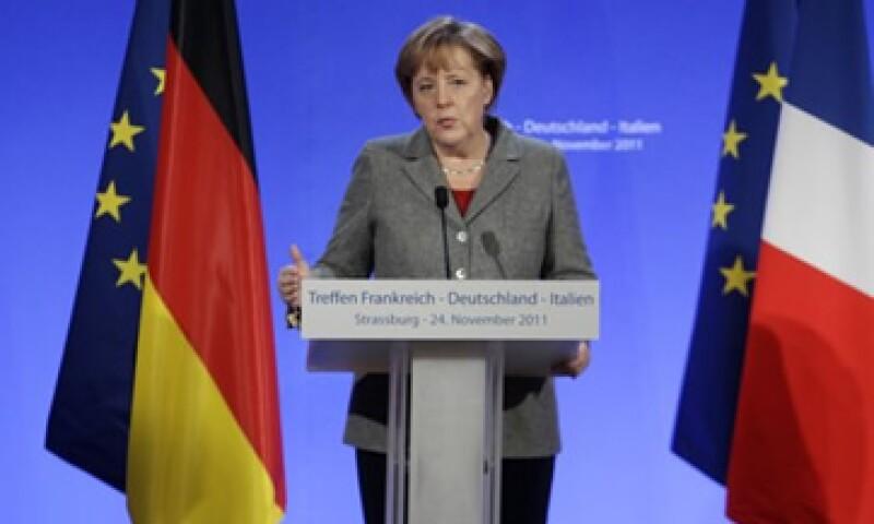 Los partidos de la coalición gobernante aseguran que la canciller Angela Merkel se opondrá a la emisión de los eurobonos. (Foto: Reuters)