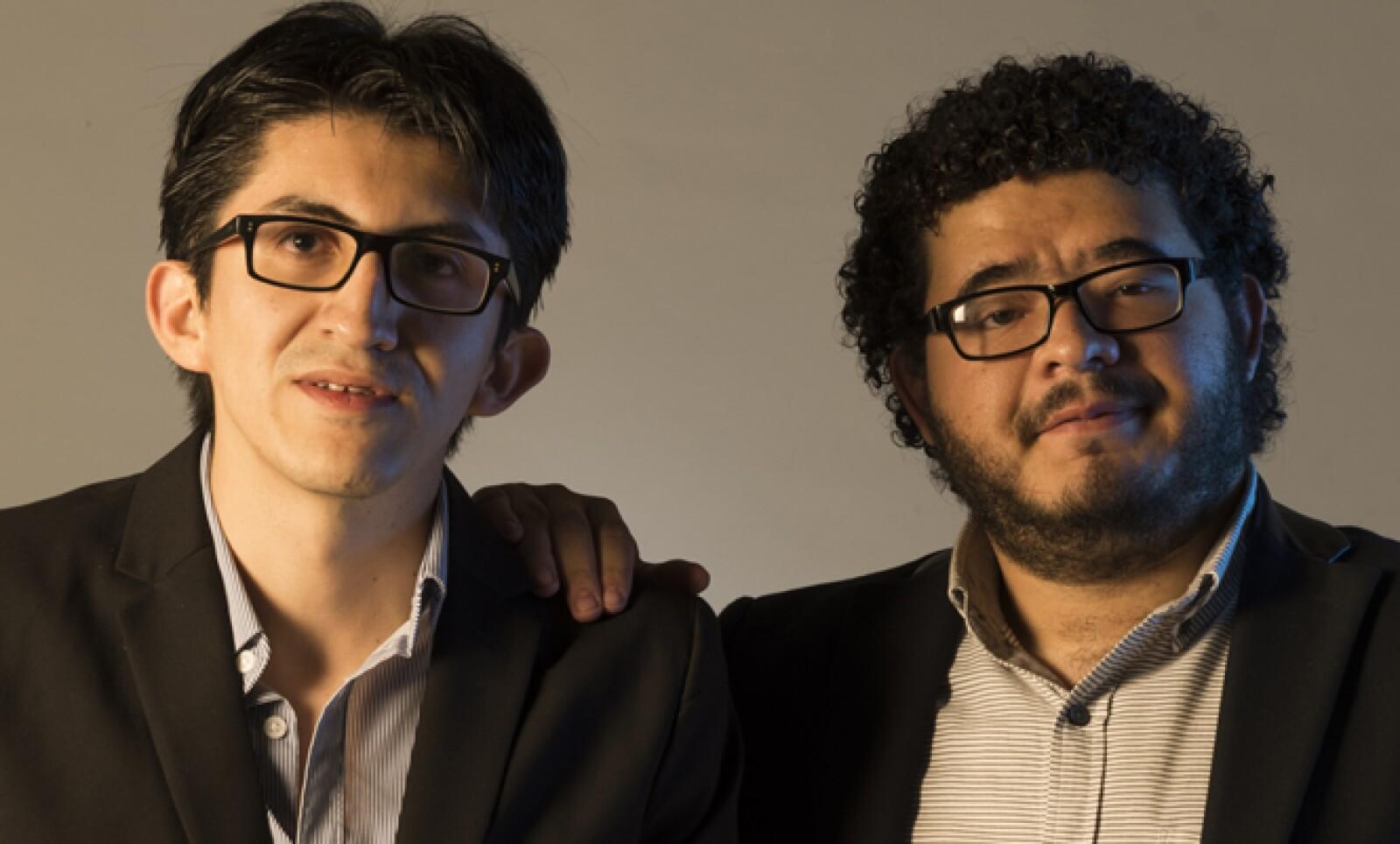 Guillermo Guadarrana y Rodrigo Ramírez desarrollaron la plataforma que notifica sobre eventualidades, horarios viales, asesoría legal e información sobre impuestos de los automóviles.