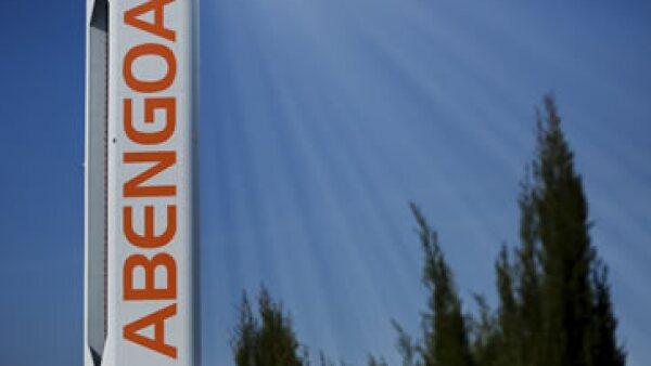Las acciones de Abengoa en la Bolsa de España se derrumbaron este miércoles 53.85%. (Foto: Reuters )