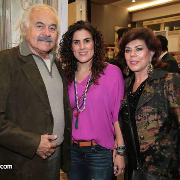 Jorge Pineda,Paola Pineda,Mercedes Pineda