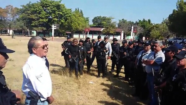 Encuentran 20 fosas clandestinas en Guerrero