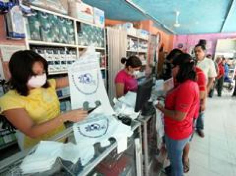 Las farmacias registran un aumento de 15% en ventas. (Foto: Notimex)