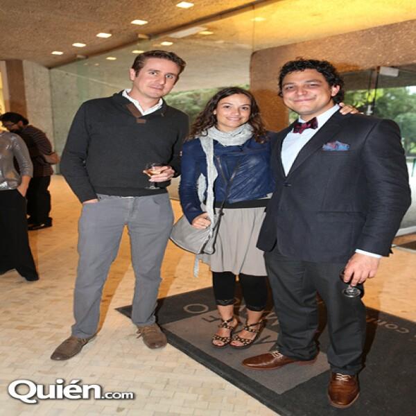 Alejandro Rojas,Valeria Contreras,Fernando Olea